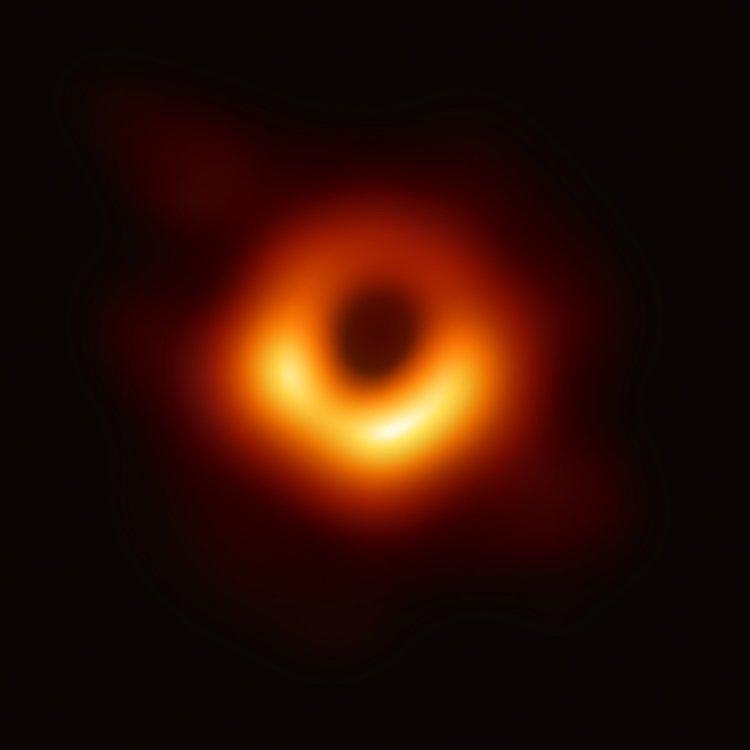 black_hole_-_messier_87_crop_max_res5932393902249732437.jpg